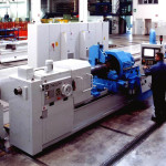 Single deep hole boring machine