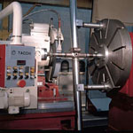 OD and ID grinding machine for landing gear component repairing