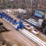 Large-size deep hole boring machine